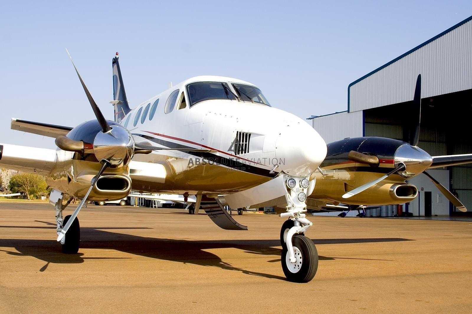 1985 BEECHCRAFT KING AIR C90_1