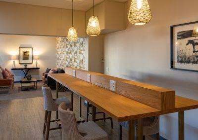 Advantage-Lounge-Working-Station