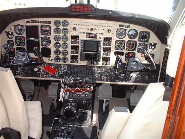 2003 B200 1
