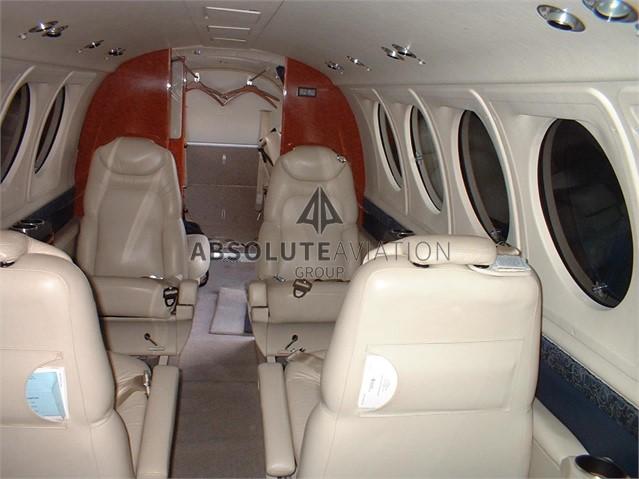 2003 B200 2