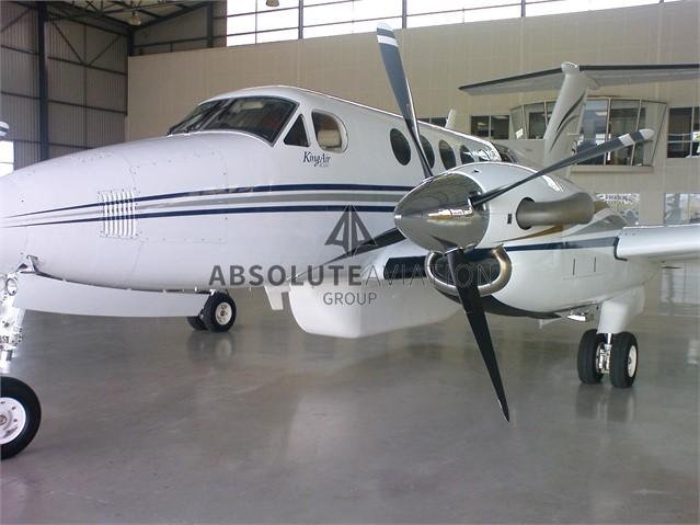 2003 B200 5