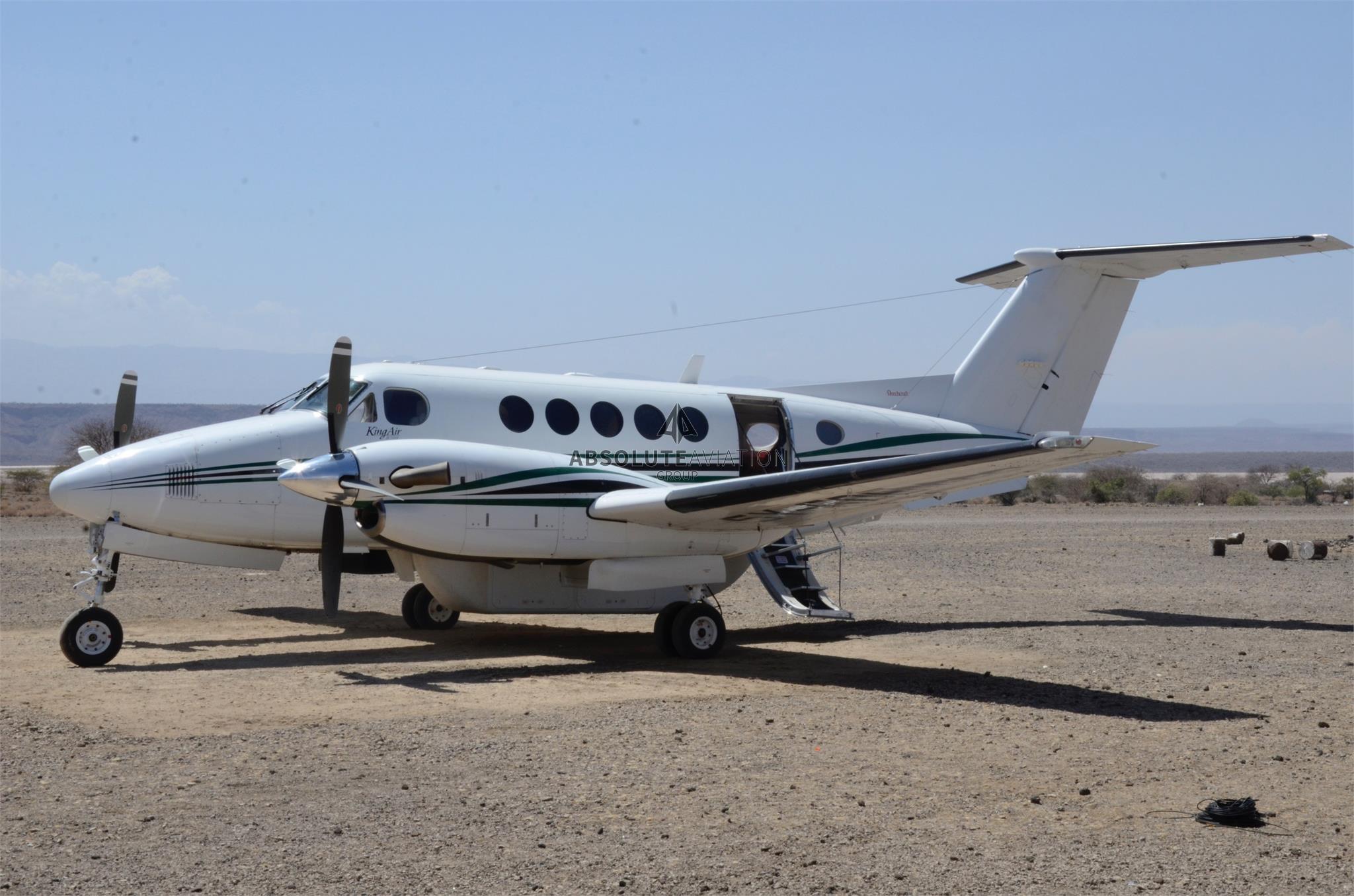 2003 Beechcraft King Air 200 img 2